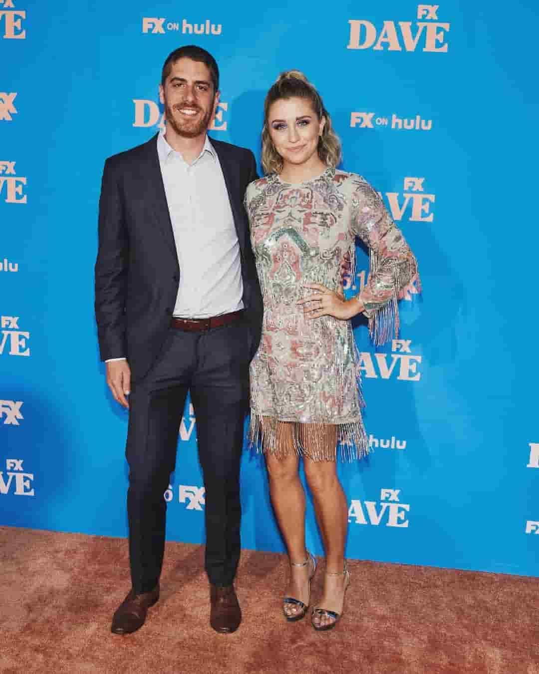 Taylor Misiak with her boyfriend Tony in premier of DAVE.